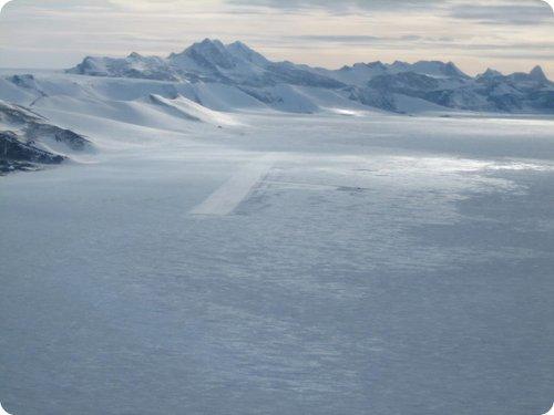 aeroporto ice runway