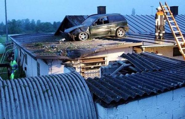 auto sul tetto