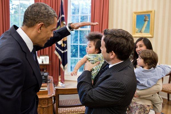 obama riceve bimbi